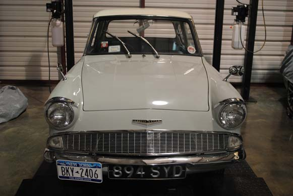 1962-Ford-Anglia-Front